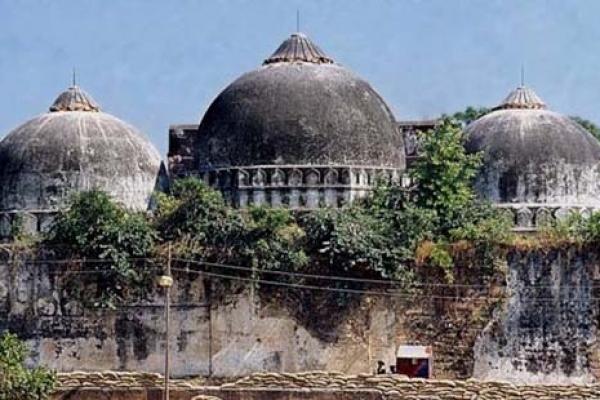 বাবরি মসজিদ মামলার শুনানিতে তুমুল হট্টগোল, ম্যাপ ছিঁড়লেন মুসলিম আইনজীবী