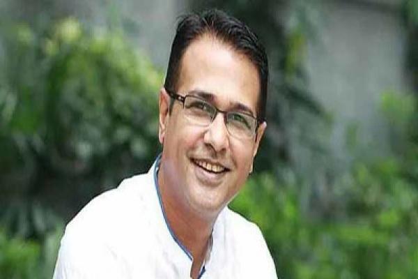 'ও গায়ক সাব, এইহানে একটু বইয়া একটা বিড়ি খান'
