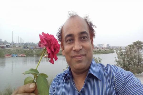 আজান-নিয়ে-ফিরোজের-সুন্দর-একটি-কবিতা
