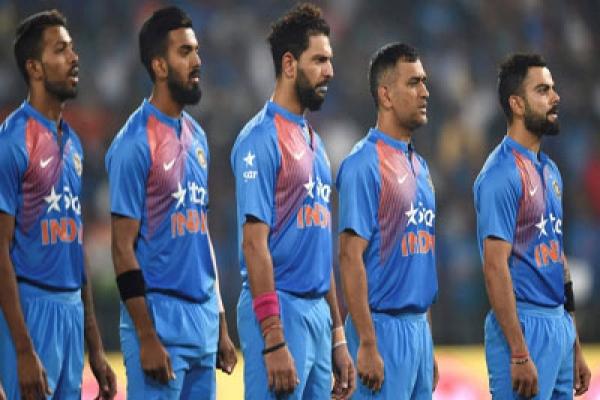 সাবেক অধিনায়ককে হারিয়ে শোকের সাগরে ভারতীয় ক্রিকেট দল