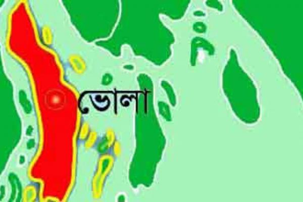 চাঁদরাতে স্কুলছাত্রীকে ধ'র্ষ'ণকারী ২ আ'সামি বন্দু'কযু'দ্ধে নি'হত