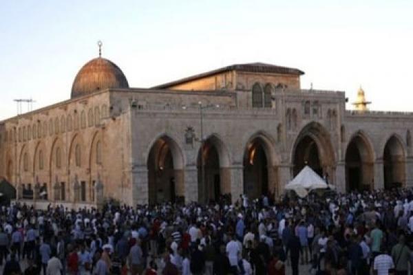 পবিত্র মসজিদ আল আকসার দরজায় তালা লাগিয়ে দিয়েছে ইহুদিবাদী ইসরাইলের পুলিশ