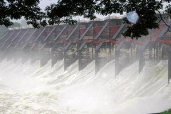 কাপ্তাই হ্রদে পানি বৃদ্ধি: বাঁধ রক্ষায় সেকেন্ডে ছাড়া হচ্ছে ৫৮ হাজার কিউসেক পানি