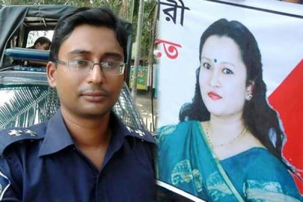'তালাক দে, না হয় তোকে হত্যা করে আমি বিয়ে করবো'