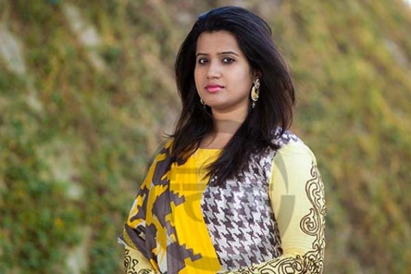 সুখবর দিলেন সংগীতশিল্পী ন্যান্সি