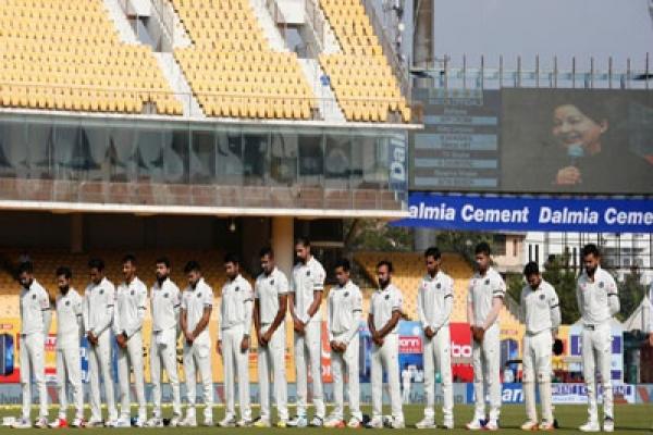 মারা গেলেন সাবেক ভারতীয় ক্রিকেটার, দলে শোকের ছায়া