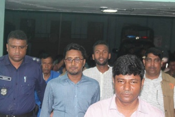 নোয়াখালীতে পেট্রোল বোমাসহ শিবিরের ৩৮ নেতাকর্মী আটক