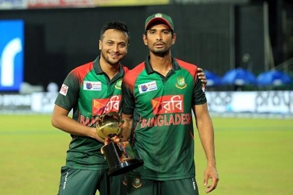 টেস্ট থেকে বাদ পড়ছেন মাহমুদউল্লাহ রিয়াদ!