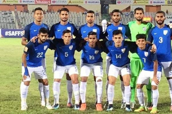 পাকিস্তানকে ৩-১ গোলে হারিয়ে ফাইনালে ভারত