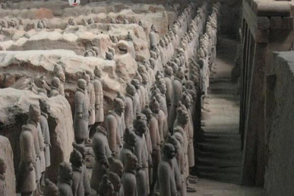 রহস্যময় কুয়োর তলায় বিস্ময়, উঠে এল প্রাচীন সৈন্যের দল!