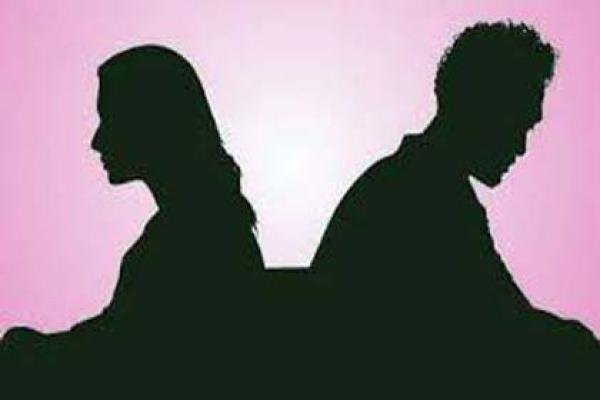 এবার লক্ষ্মীপুর, স্ত্রীর সাথে অভিমান করে স্বামীর আত্মহত্যা