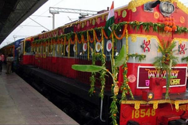 ঢাকা –কলকাতা মৈত্রী এক্সপ্রেস ট্রেনের ভাড়া ও সময়সূচি