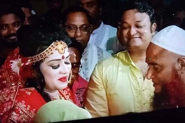 খাদিজা শিমুকে বিয়ে করলেন এমপি শিবলী সাদিক