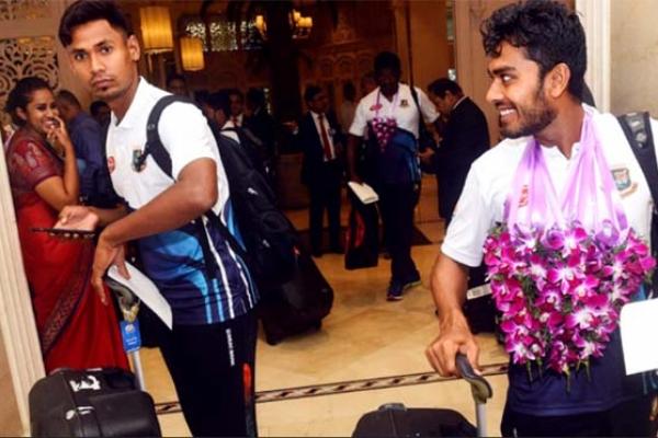 নিরাপদেই শ্রীলঙ্কায় পৌঁছেছে বাংলাদেশ ক্রিকেট দল