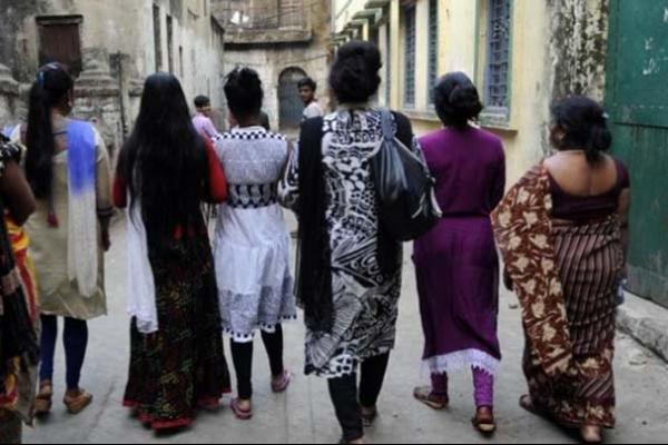 মালয়েশিয়ায় ১০ বাংলাদেশি নারীকে দেহ ব্যবসায় বাধ্য করার অভিযোগ