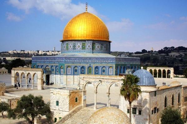 আল-আকসা মসজিদে শতাধিক ইসরায়েলির হা'মলা