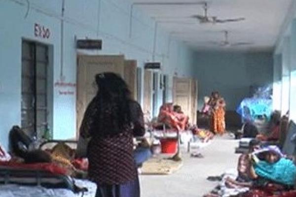 প্রেমের প্রস্তাবে রাজি না হওয়ায় স্কুলছাত্রীকে 'অ'স্ত্রের মুখে ধ'র্ষণ'