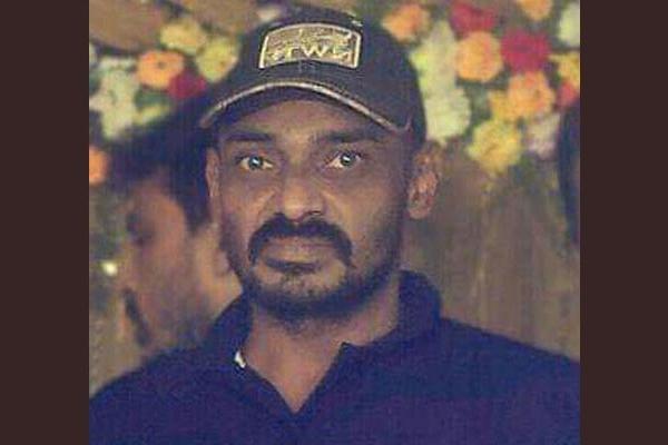 চট্টগ্রামে 'বন্দু'কযু'দ্ধে' যুবলীগ নেতা খুরশীদ আহম্মদ নিহ'ত