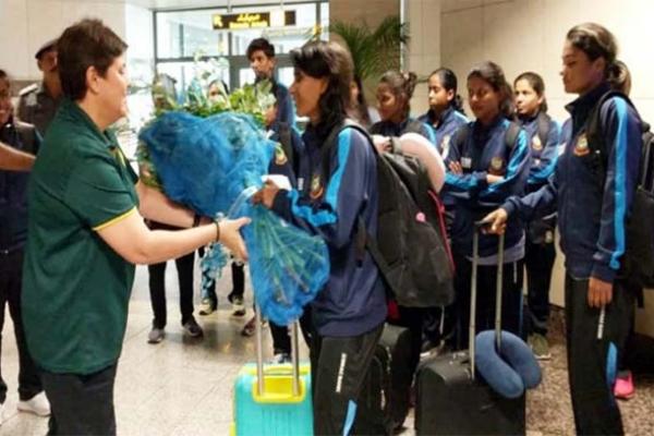 নিরাপদে পাকিস্তানে পৌঁছেছে বাংলাদেশ নারী ক্রিকেট দল