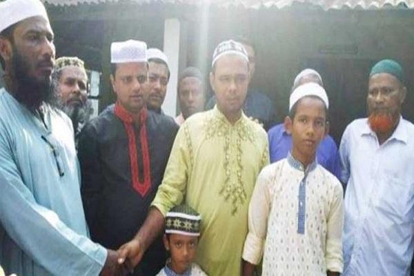গাজীপুরের কাপাসিয়ায় একই পরিবারে ছয়জনের ইসলাম গ্রহন