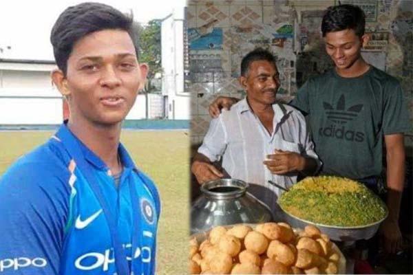 ভারতের বিশ্বকাপ দলে ডাক পেলেন ফুচকা বিক্রেতা এই ক্রিকেটার