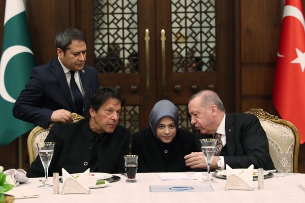 কাশ্মীরে গণভোট দিতেও প্রস্তুত পাকিস্তান: ইমরান খান