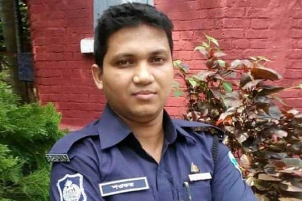 একজন শওকত, যার কারণে বাংলাদেশ পুলিশে যোগ হয়েছে 'মানবিক ইউনিট'