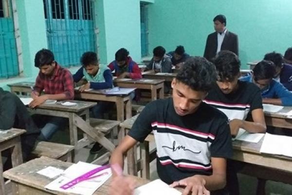 রাতে এসএসসি পরীক্ষা দিল গোপালগঞ্জের ২৮ শিক্ষার্থী