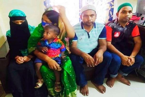 চুয়াডাঙ্গায় একই পরিবারের ৫ জনের ইসলাম ধর্ম গ্রহণ