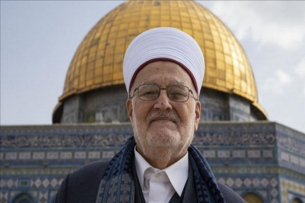 আল-আকসা মসজিদের খতিবকে গ্রেফতার করেছে ইসরায়েলি বাহিনী