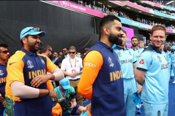 'পাকিস্তানকে বিশ্বকাপ থেকে ছিটকে দিতে ইংল্যান্ডের কাছে ইচ্ছা করে হেরেছে ভারত'