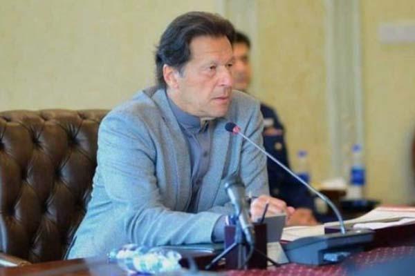 ইমরান খানের নেতৃত্বে ভুল পথে এগোচ্ছে পাকিস্তান : সমীক্ষায় বলছে ৮০ শতাংশ পাকিস্তানি