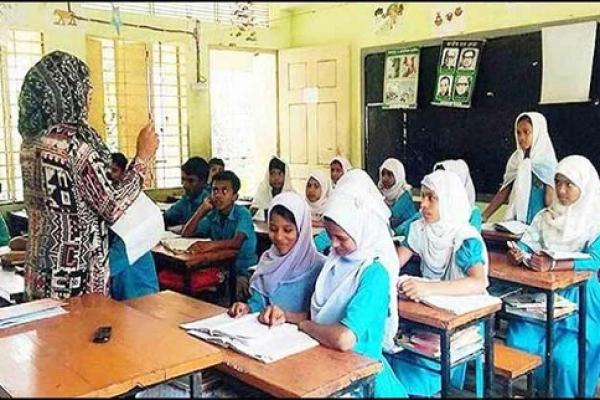 'সংক্রমণ বাড়লে ফের বন্ধ করে দেওয়া হবে শিক্ষাপ্রতিষ্ঠান'