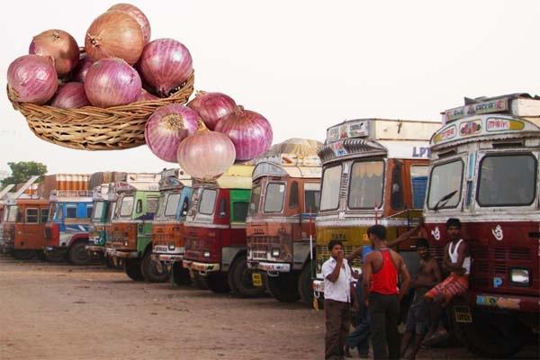 বাংলাদেশে পেঁয়াজ রপ্তানিতে ভারতের সরকারি নিষে'ধা'জ্ঞা জারি
