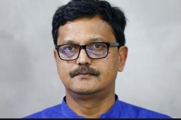 ব্রেকিং-  করোনায় আক্রা'ন্ত নৌপরিবহন প্রতিমন্ত্রী খালিদ মাহমুদ