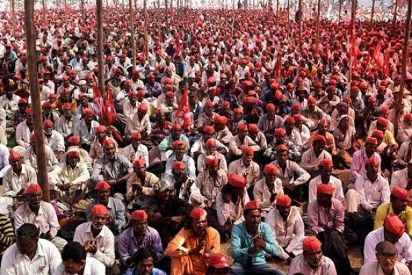 ভারতের বিভিন্ন রাজ্যে ছড়িয়ে পড়েছে তী'ব্র কৃষক আ'ন্দোলন