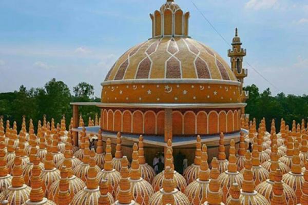 টাঙ্গাইলের ২০১ গম্বুজ মসজিদ উদ্বোধন করবেন কাবা শরিফের ইমাম