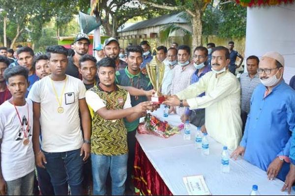যুব সমাজকে খেলার মাঠমুখী করার সর্বাত্মক চেষ্টা করছে সরকার : এমপি গোপাল