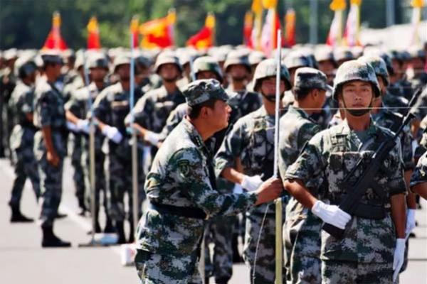আ'ত'ঙ্কিত সেনাদের ভ'য় দূর করতে মরিয়া চীন