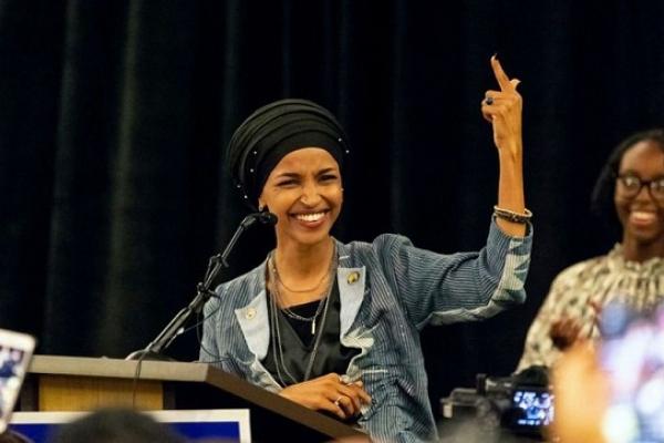 মুসলিম নারী ইলহান ওমর কংগ্রেস সদস্য নির্বাচিত