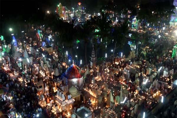 বরিশালে বিশ্বের সবচেয়ে বড় দিপাবলী উৎসব অনুষ্ঠিত