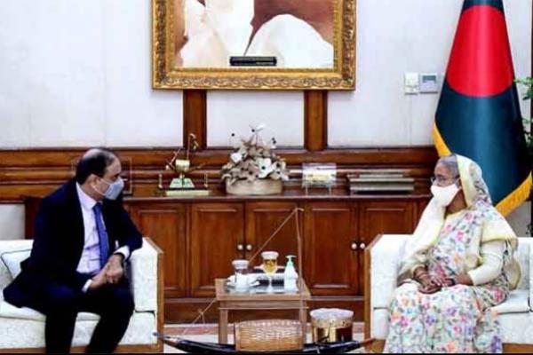 পাকিস্তানকে ক্ষমা করতে পারব না : পাক রাষ্ট্রদূতকে প্রধানমন্ত্রী