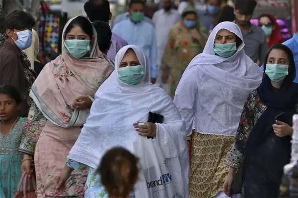 ভারতের করোনার টিকা পাচ্ছে না পাকিস্তান