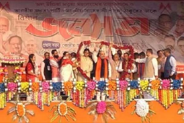 টিকাকরণ শেষ হলেই নাগরিকত্ব আইন কার্যকর: মতুয়াদের মন জয়ে ঠাকুরনগরে অমিত শাহ