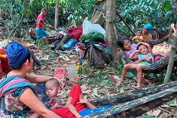 জীবন বাঁচাতে এবার থাইল্যান্ডের দিকে ছুটছে মিয়ানমারের নাগরিকদের ঢল