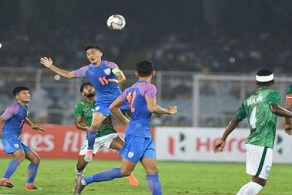 বাংলাদেশ-ভারতের খেলা, এইমাত্র  ১টি গোল হলো