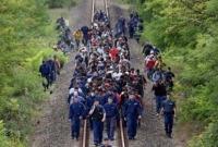 শরণার্থীদের আশ্রয় দিলে জয়ী হবে আইএস : ফ্রান্স