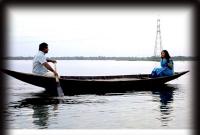 নৌকায় প্রভাকে নিয়ে যা করলেন মোশারফ করিম