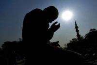 যে তিন ব্যক্তির দোয়া আল্লাহর দরবারে সরাসরি কবুল হয়
