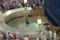 ইসলাম প্রেম, বোনাসের পরিবর্তে নফল নামাজ আদায়ের আবদার পরিচ্ছন্নকর্মীর